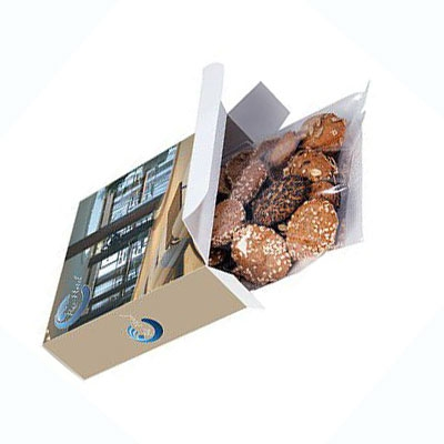 Bread-Snacks in bedruckter Kartonbox